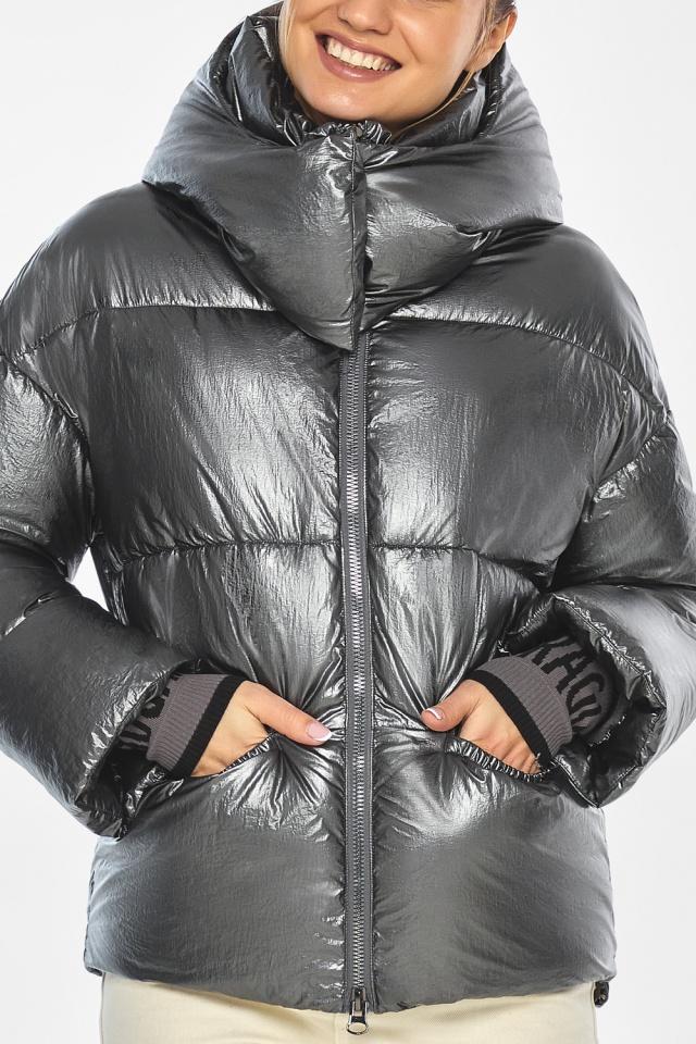 """Женская куртка зимняя комфортная цвет темное серебро модель 41975 Braggart """"Angel's Fluff"""" фото 9"""