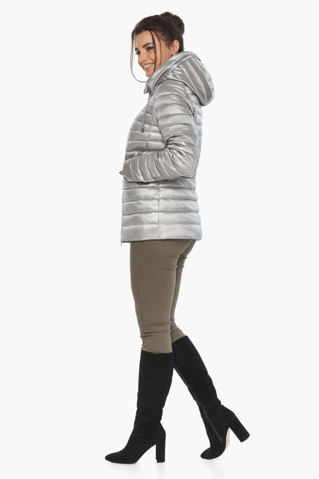 """Люксовая куртка женская осенняя цвет перламутровый светло-серый модель 63045 Braggart """"Angel's Fluff"""" фото 4"""