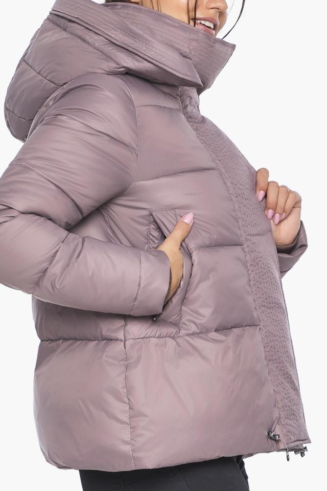 """Пудровая куртка с ветрозащитной планкой женская модель 43560 Braggart """"Angel's Fluff"""" фото 9"""