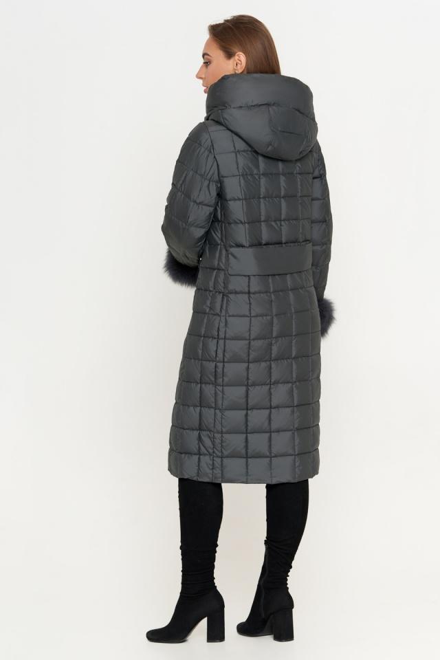 Серая женская куртка зимняя с оригинальной стежкой модель 8924