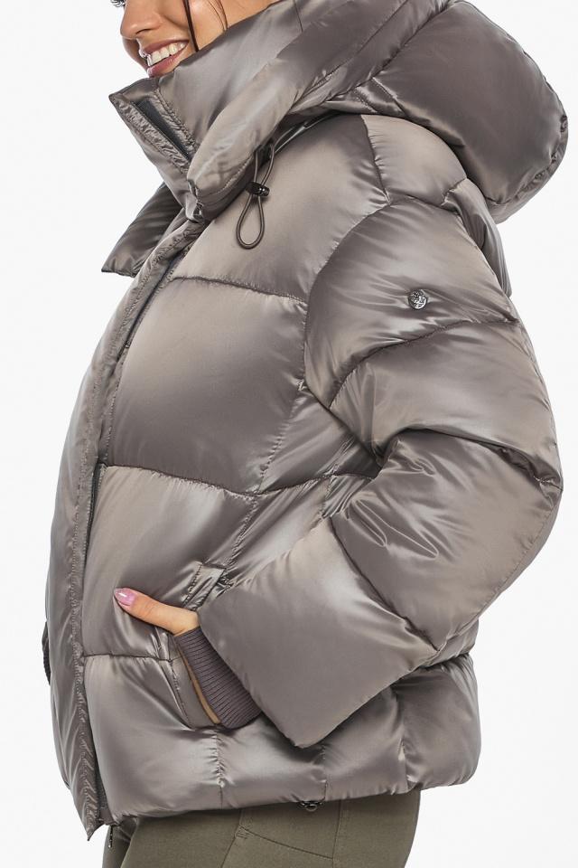 """Куртка с манжетами капучиновая женская модель 44210 Braggart """"Angel's Fluff"""" фото 9"""