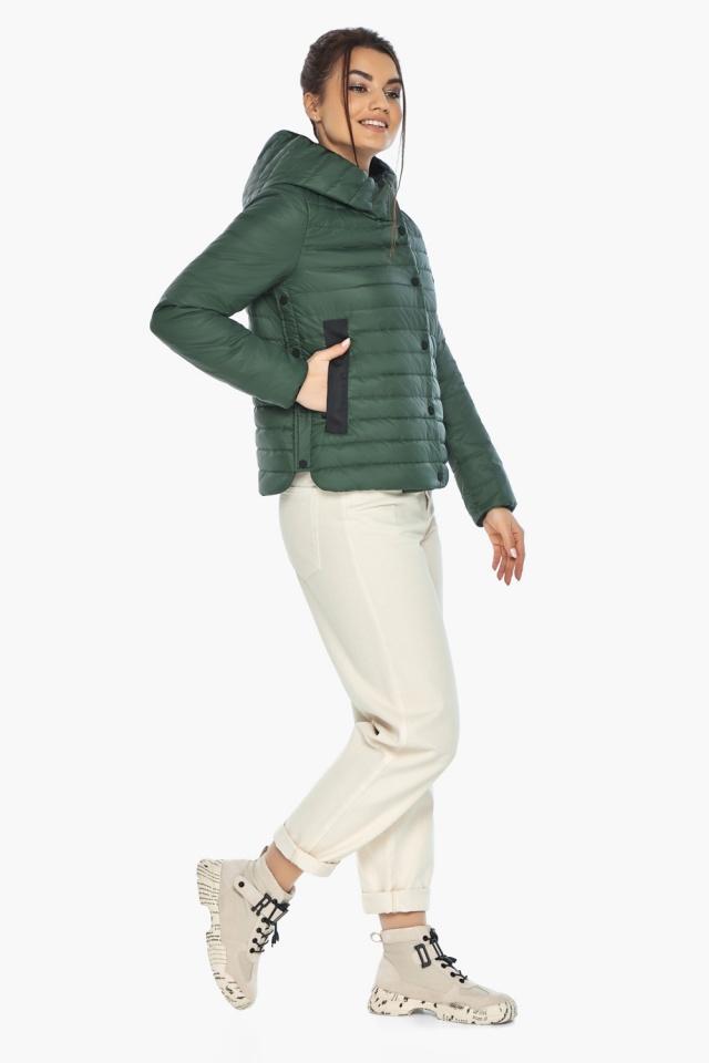 """Нефритовая женская куртка с капюшоном осенняя модель 64150 Braggart """"Angel's Fluff"""" фото 4"""