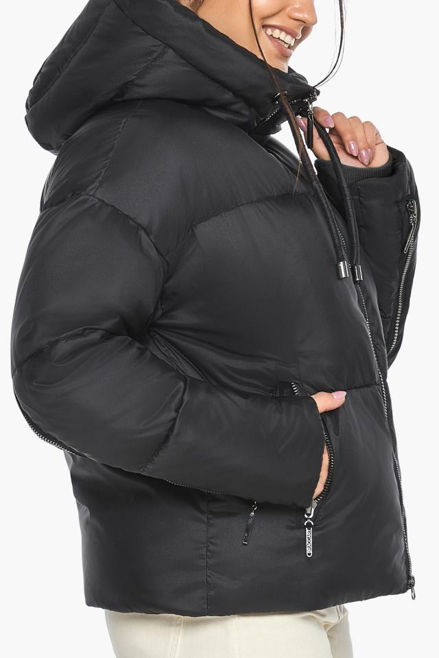"""Оригинальная куртка женская чёрная зимняя модель 46280 Braggart """"Angel's Fluff"""" фото 9"""