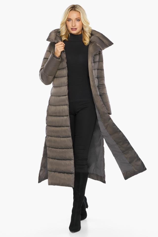 """Капучиновая куртка зимняя женская с вшитым капюшоном модель 46620 Braggart """"Angel's Fluff"""" фото 3"""