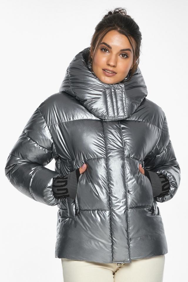 """Куртка с ветрозащитным клапаном женская цвет серебро модель 44520 Braggart """"Angel's Fluff"""" фото 6"""