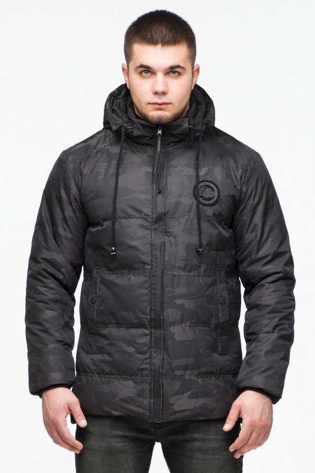 "Камуфлированная зимняя куртка на мужчину чёрная модель 25020 Braggart ""Youth"" фото 4"