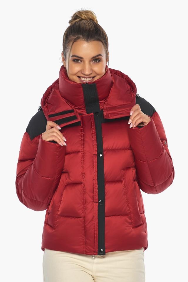"""Рубиновая куртка с воротником женская зимняя модель 57520 Braggart """"Angel's Fluff"""" фото 3"""