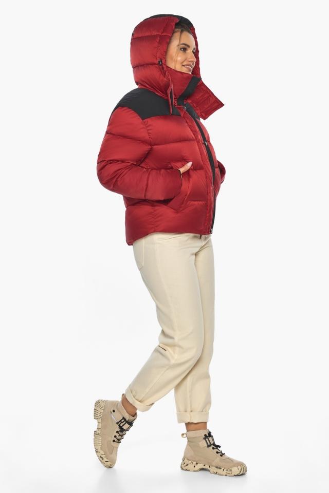 """Рубиновая куртка с воротником женская зимняя модель 57520 Braggart """"Angel's Fluff"""" фото 5"""