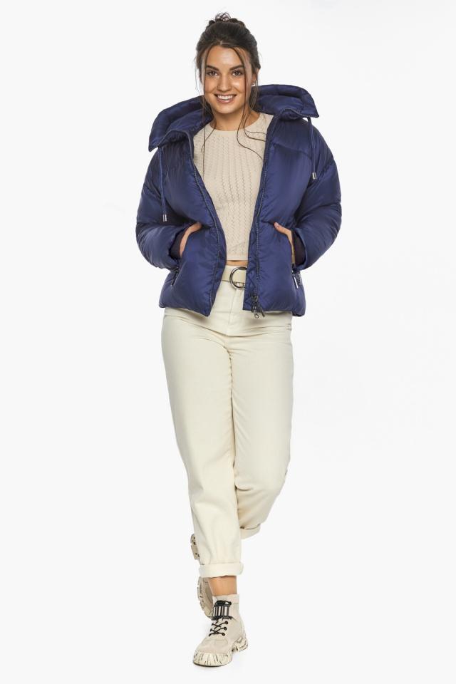"""Куртка женская с вшитым капюшоном зимняя цвет синий бархат модель 46280 Braggart """"Angel's Fluff"""" фото 4"""
