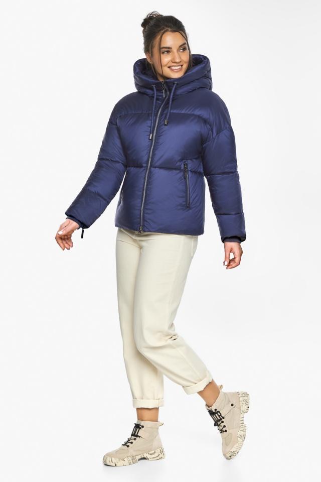 """Куртка женская с вшитым капюшоном зимняя цвет синий бархат модель 46280 Braggart """"Angel's Fluff"""" фото 2"""