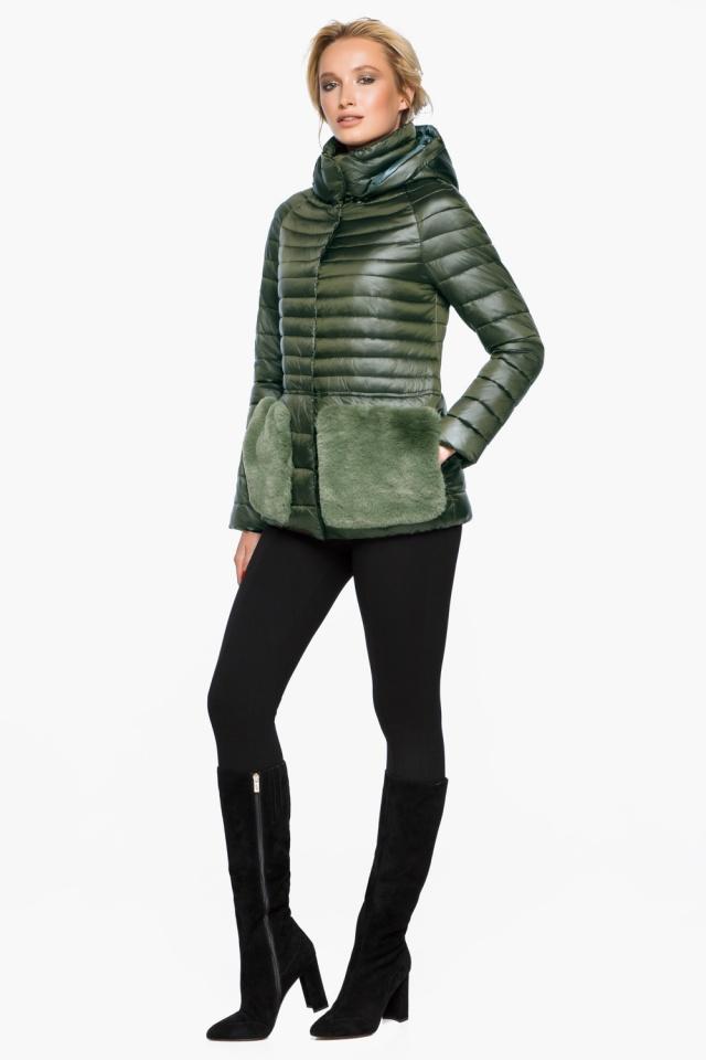 """Трендовая куртка женская цвет темный хаки модель 15115 Braggart """"Angel's Fluff"""" фото 3"""
