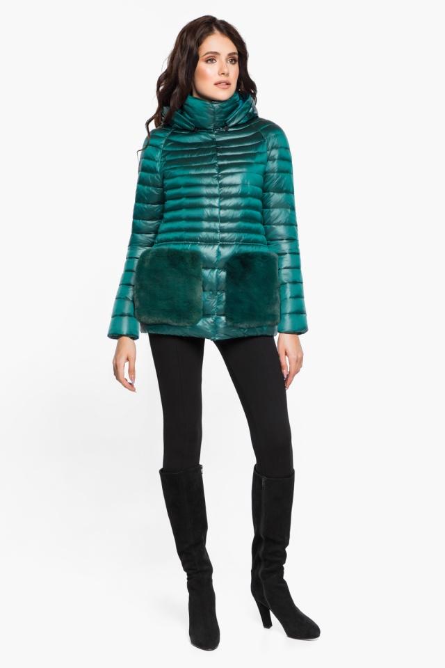 """Модная изумрудная куртка женская модель 15115 Braggart """"Angel's Fluff"""" фото 3"""