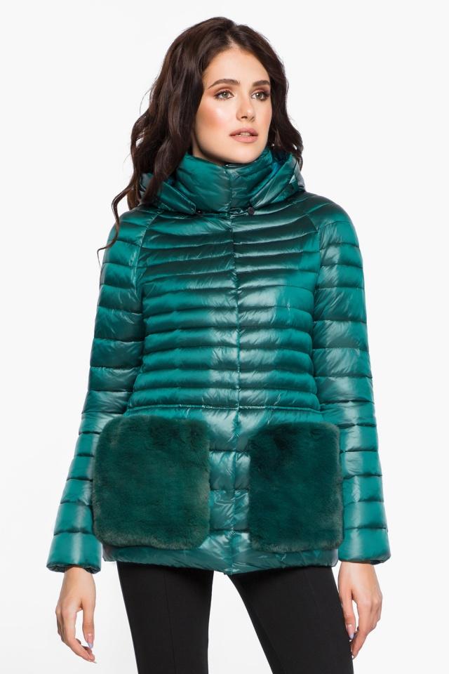 """Модная изумрудная куртка женская модель 15115 Braggart """"Angel's Fluff"""" фото 4"""