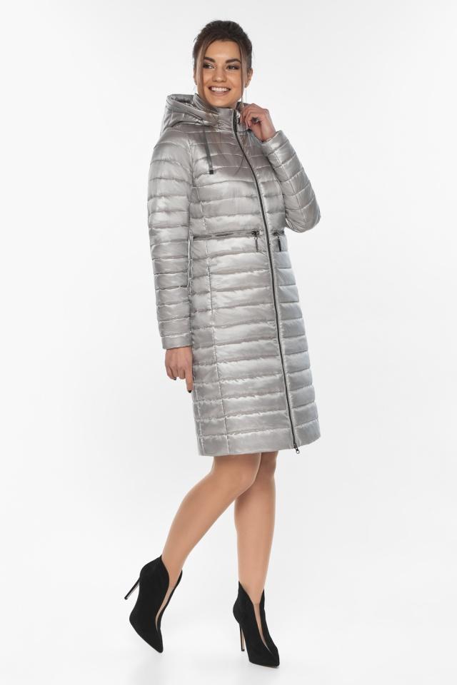 """Куртка осенняя практичная женская цвет перламутровый светло-серый модель 68410 Braggart """"Angel's Fluff"""" фото 2"""