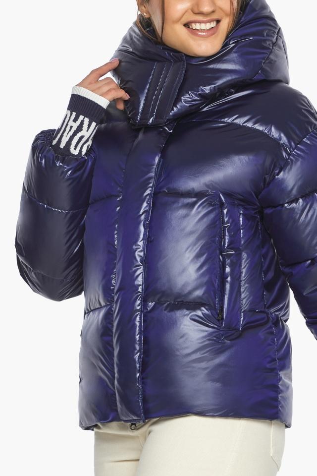 """Куртка синяя короткая зимняя женская модель 44520 Braggart """"Angel's Fluff"""" фото 6"""