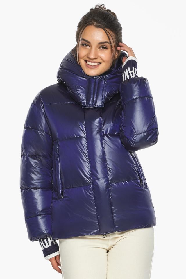 """Куртка синяя короткая зимняя женская модель 44520 Braggart """"Angel's Fluff"""" фото 4"""