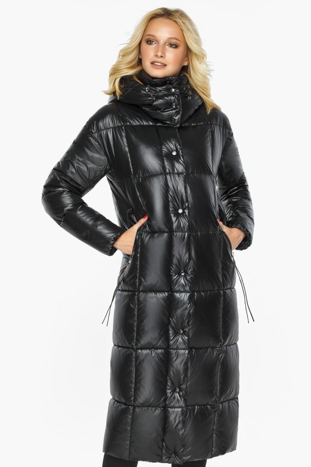 Куртка женская зимняя черная с капюшоном модель 42830