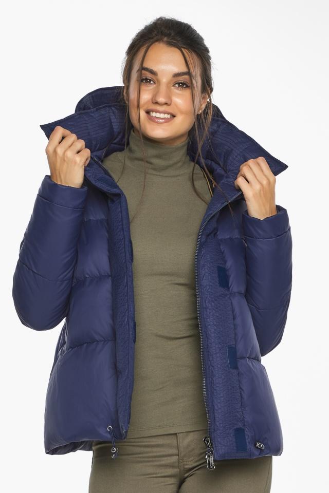 """Куртка синяя зимняя с манжетами женская модель 43560 Braggart """"Angel's Fluff"""" фото 3"""