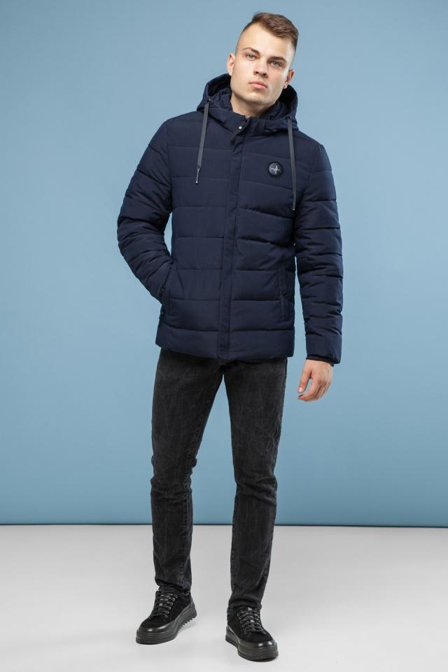Практичная курточка зимняя мужская тёмно-синяя модель 6015 Kiro Tokao – Ajento фото 2