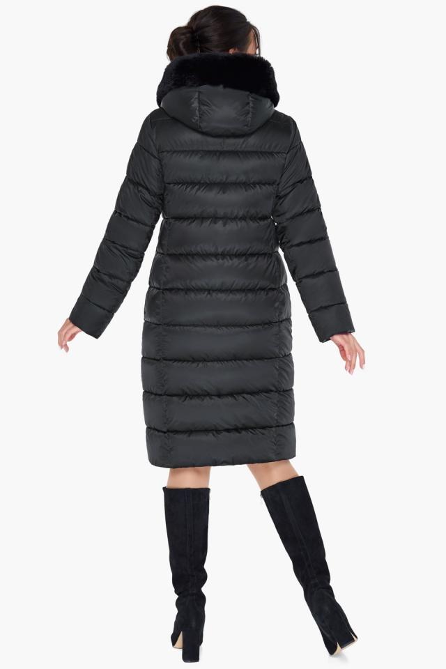 Женская куртка черного цвета на зиму модель 31049