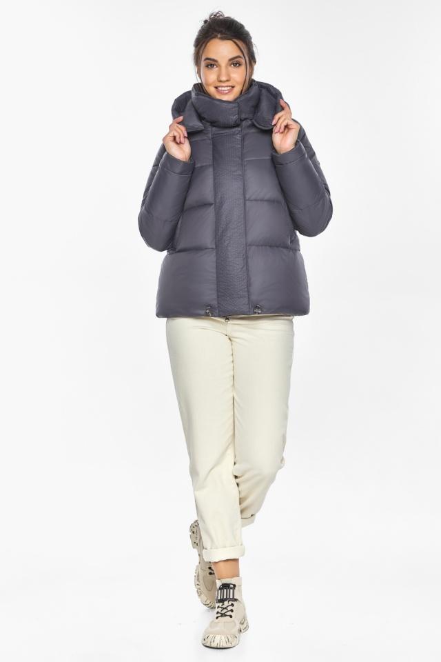 """Жемчужно-серая куртка женская зимняя удобного фасона модель 43560 Braggart """"Angel's Fluff"""" фото 2"""