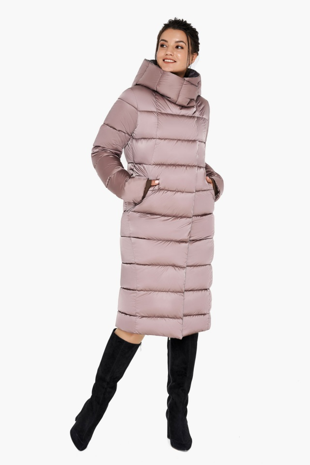 "Зимняя куртка тёплая женская цвета пудры модель 31028 Braggart ""Angel's Fluff"" фото 2"