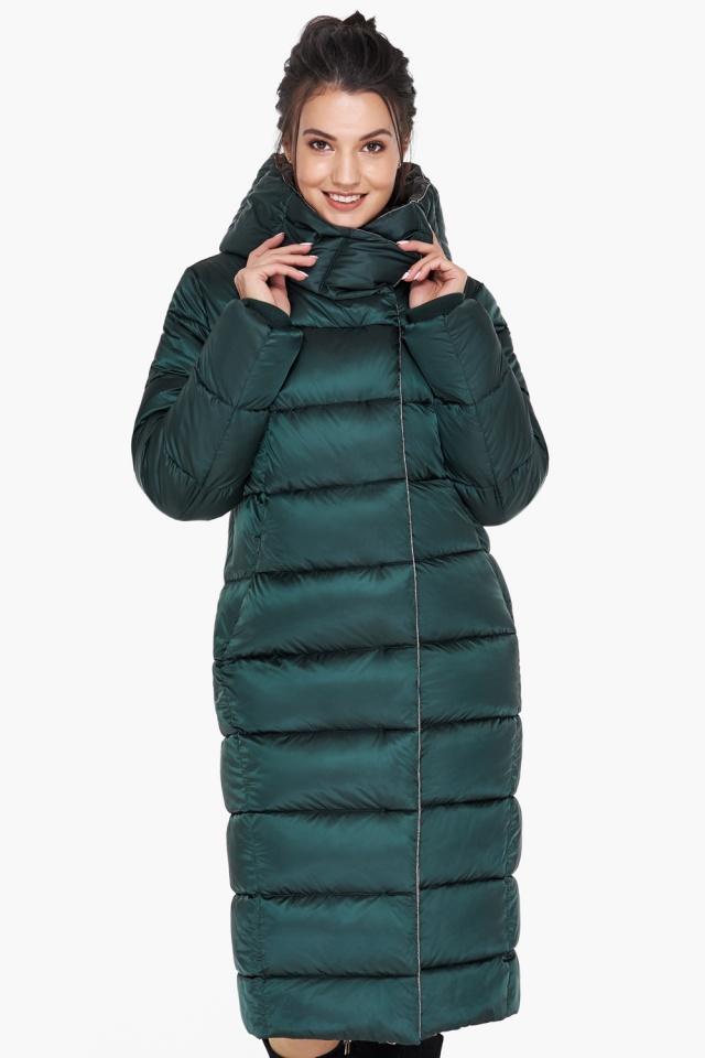 """Удлинённая женская изумрудная куртка зимняя модель 31028 Braggart """"Angel's Fluff"""" фото 3"""