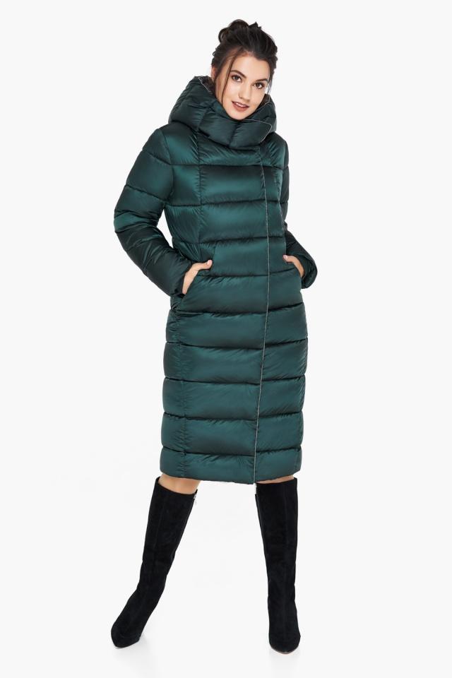 """Удлинённая женская изумрудная куртка зимняя модель 31028 Braggart """"Angel's Fluff"""" фото 4"""