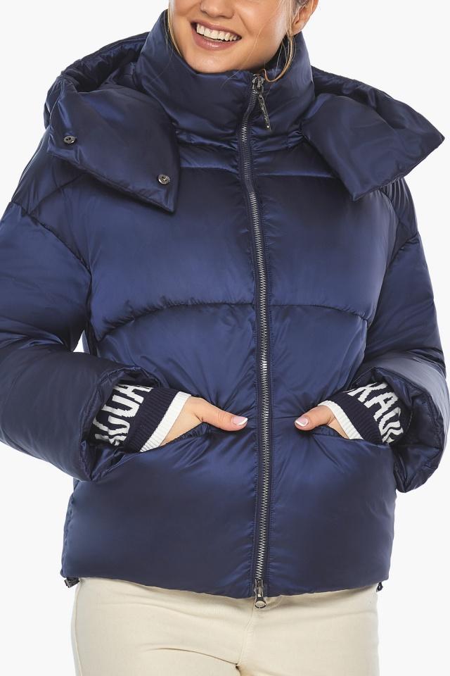"""Зимняя куртка с капюшоном женская синий бархат модель 41975 Braggart """"Angel's Fluff"""" фото 6"""