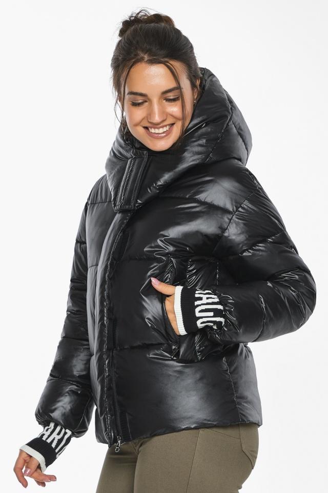 """Куртка черная зимняя женская комфортная модель 44520 Braggart """"Angel's Fluff"""" фото 8"""
