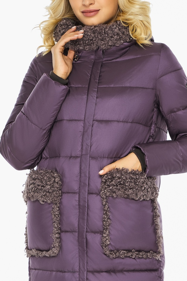 """Баклажановая куртка с брендовой фурнитурой женская модель 47575 Braggart """"Angel's Fluff"""" фото 10"""