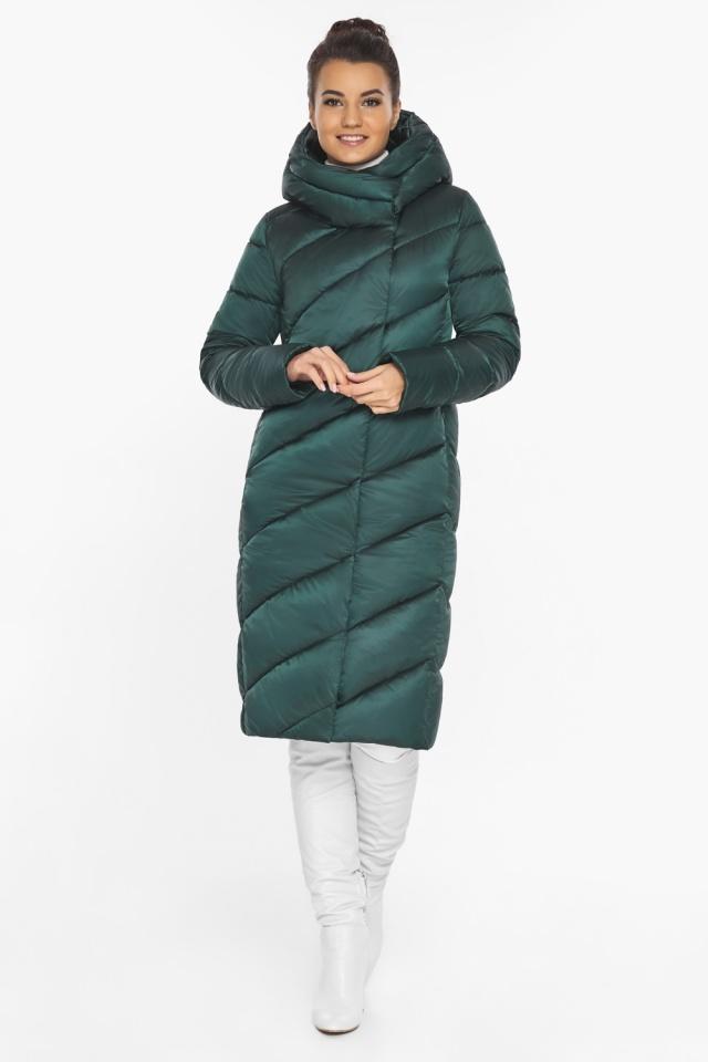 Зеленая женская длинная куртка на зиму модель 30952