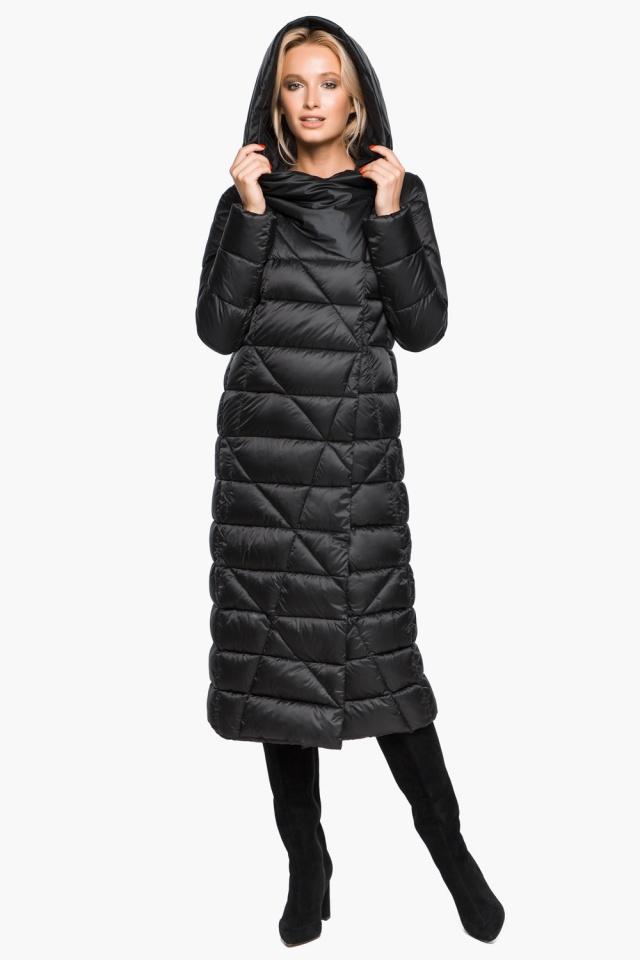Трендовая черная женская куртка зимняя модель 31058