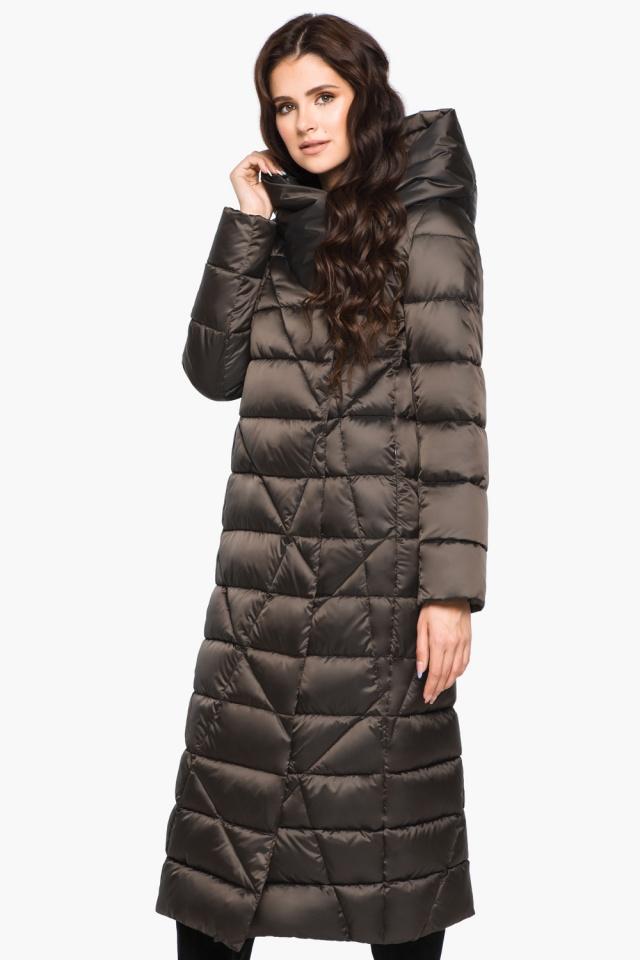 Современная зимняя женская куртка цвет капучино модель 31058