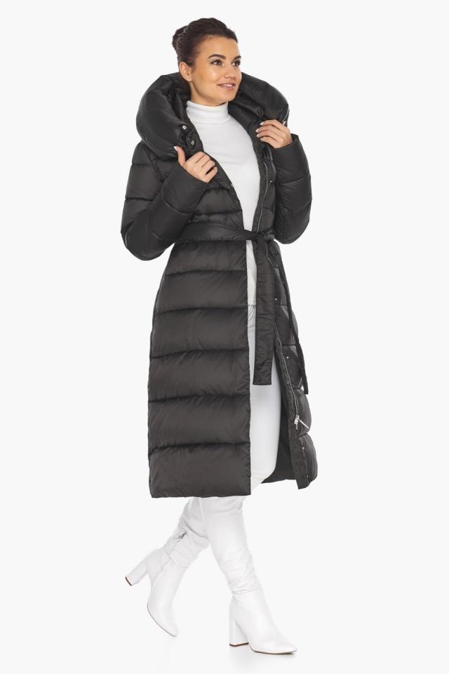 Черная зимняя женская куртка с капюшоном модель 31515