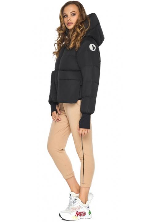 Чорна куртка з незвичайною кишенею для дівчини модель 26370 Youth фото 1