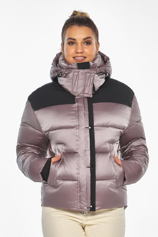 """Куртка пудровая с капюшоном женская зимняя модель 57520 Braggart """"Angel's Fluff"""" фото 3"""