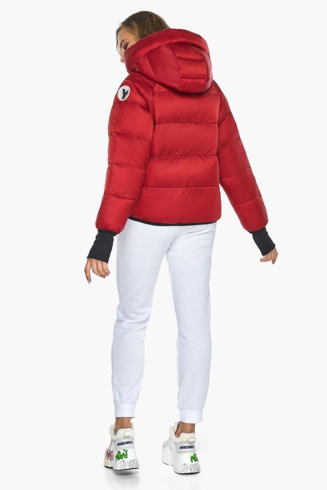 Подростковая рубиновая куртка Youth из изысканной ткани модель 26370 Youth фото 5
