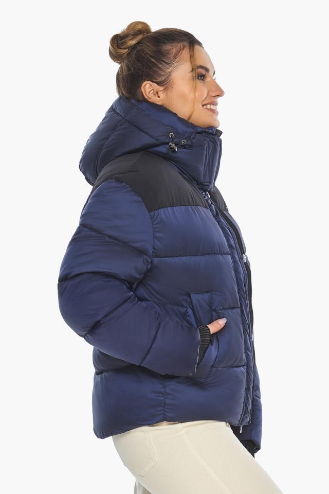 """Сапфировая куртка с фирменной фурнитурой женская зимняя модель 57520 Braggart """"Angel's Fluff"""" фото 4"""