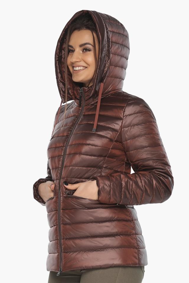 """Куртка комфортная каштановая женская модель 63045 Braggart """"Angel's Fluff"""" фото 3"""