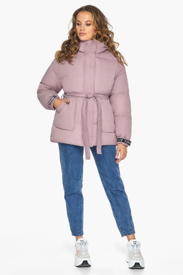 Осенняя куртка с приспущенным рукавом пудровая модель 21045 Youth фото 2