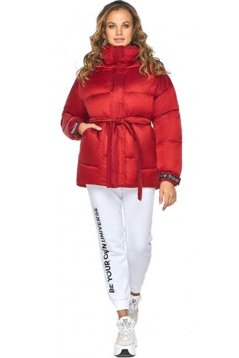 Просторная и броская молодежная куртка для осени рубиновая модель 21045 Youth фото 1