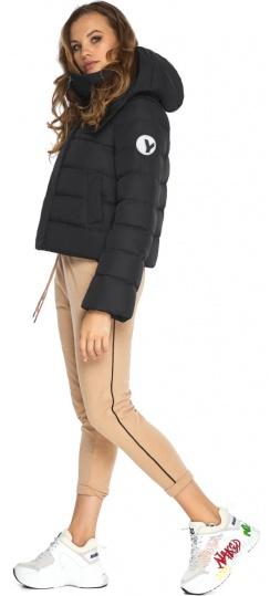 Куртка чёрная осенняя с закругленными деталями на девочку модель 21470 Youth фото 1