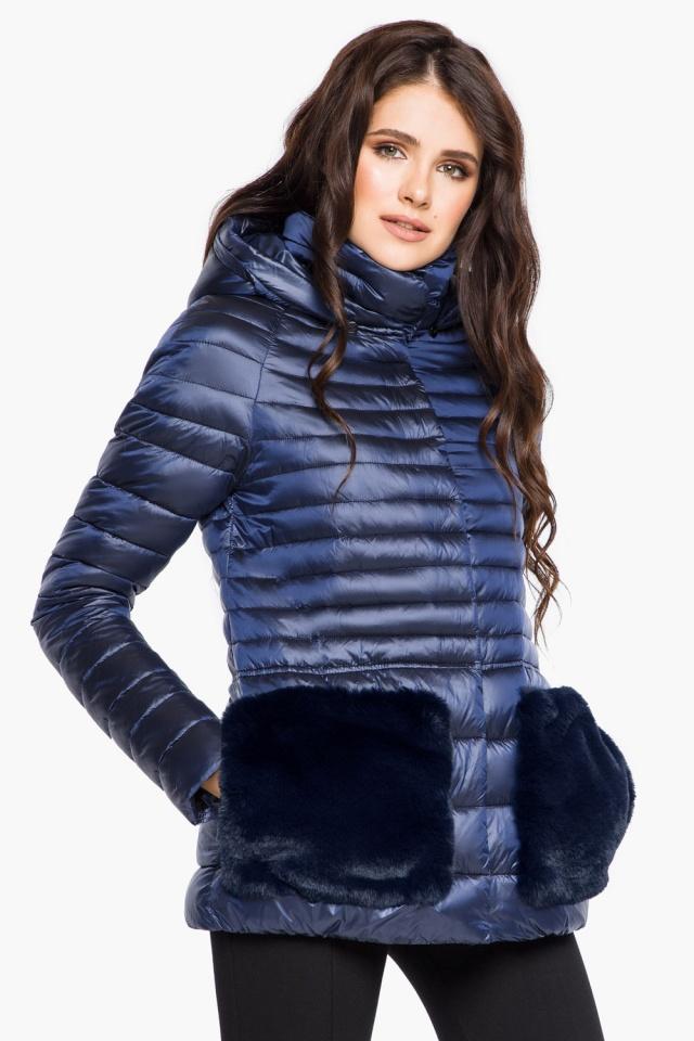 """Сапфировая куртка короткая осенне-весенняя женская модель 15115 Braggart """"Angel's Fluff"""" фото 3"""