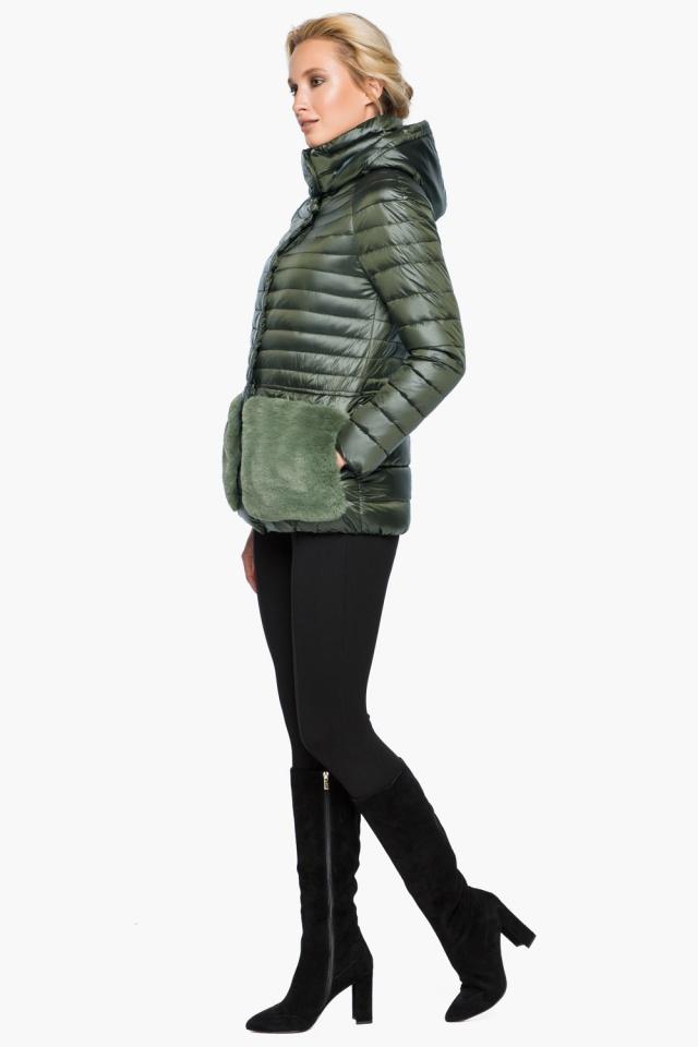 """Куртка с капюшоном женская осенне-весенняя цвет темный хаки модель 15115 Braggart """"Angel's Fluff"""" фото 3"""