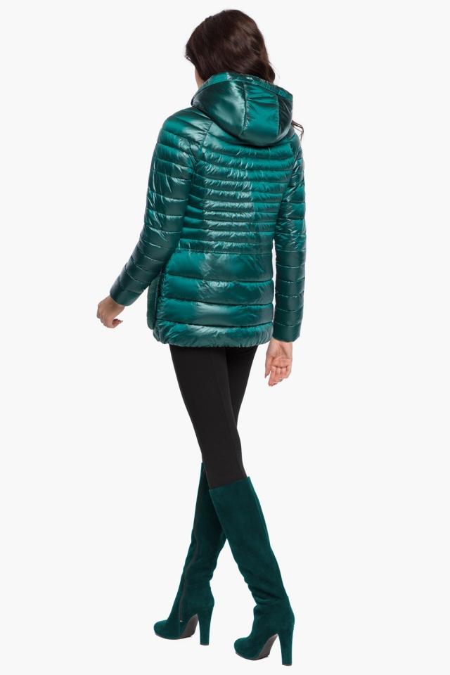 """Изумрудная куртка с брендовой фурнитурой женская осенне-весенняя модель 15115 Braggart """"Angel's Fluff"""" фото 5"""