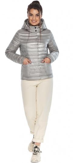 """Трендовая куртка женская цвет перламутровый светло-серый модель 67510 Braggart """"Angel's Fluff"""" фото 1"""