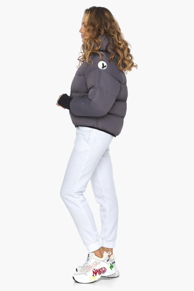 Элегантная графитовая куртка-сфера из тончайшей гладкой ткани модель 26420 Youth фото 3