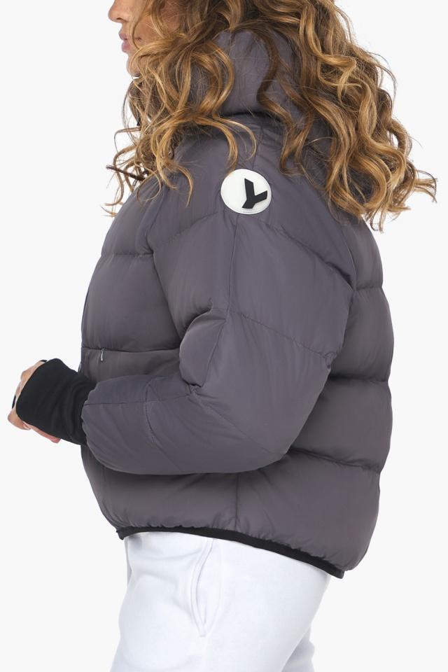 Элегантная графитовая куртка-сфера из тончайшей гладкой ткани модель 26420 Youth фото 6