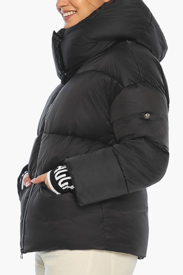 """Куртка с брендовой фурнитурой чёрная женская модель 41975 Braggart """"Angel's Fluff"""" фото 8"""
